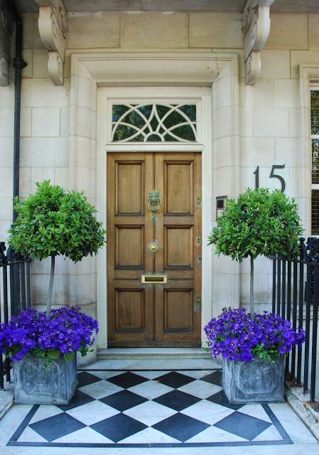 Πως να διακοσμήσεις την είσοδο του σπιτιού με γλάστρες