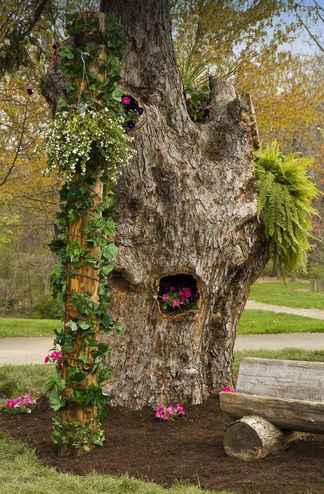 18 υπέροχες ιδέες για να μετατρέψουμε κορμούς δέντρων σε πανέμορφες γλάστρες